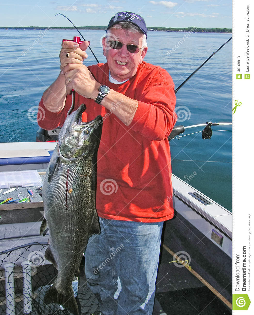 king salmon single guys Start with king salmon fishing, sockeye salmon fishing, silver salmon fishing, trout fishing or halibut fishing we also offer flyout fishing take a look at our great alaska fishing packages, which are all designed for you to get the most fishing out of your fishing vacation we offer the best value and competitive pricing.
