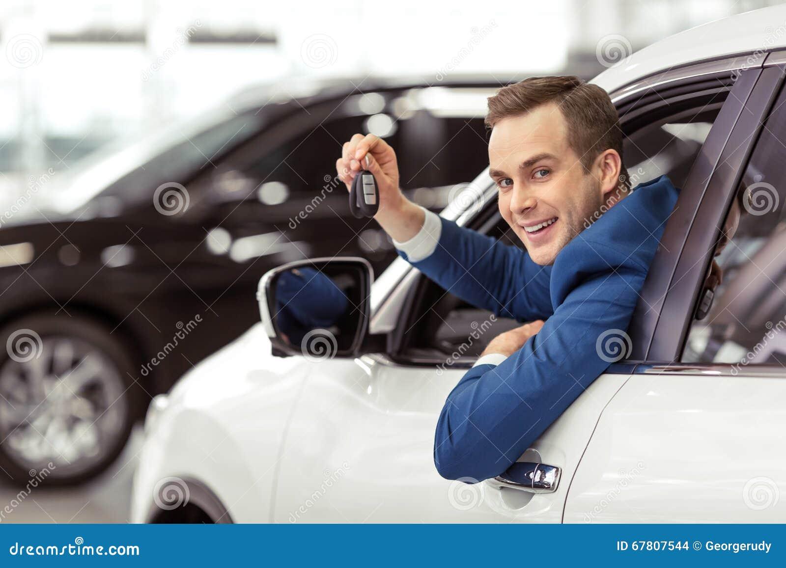 Man i bil