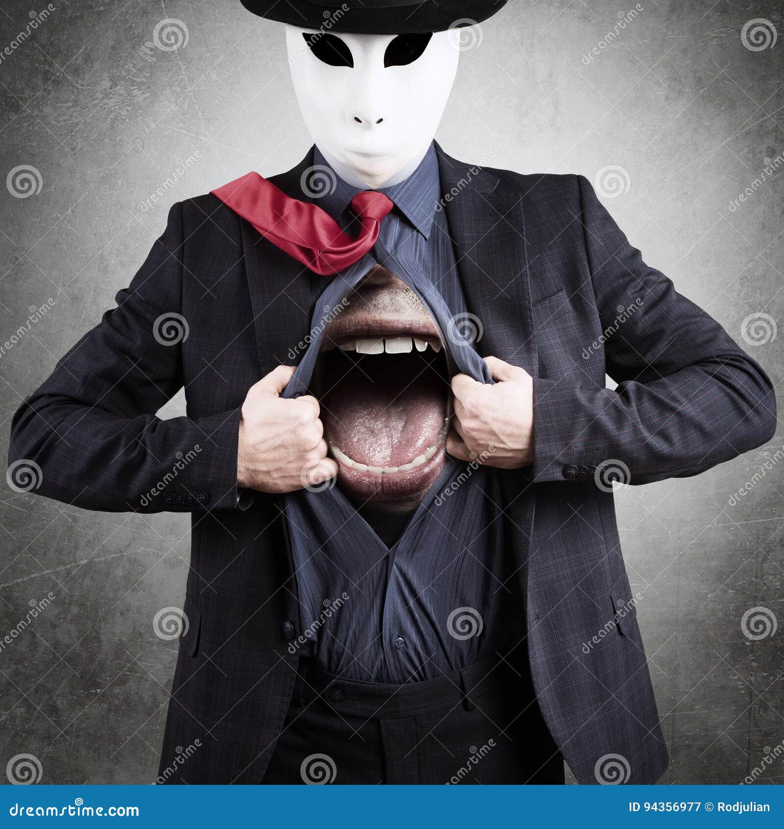 Man i maskering