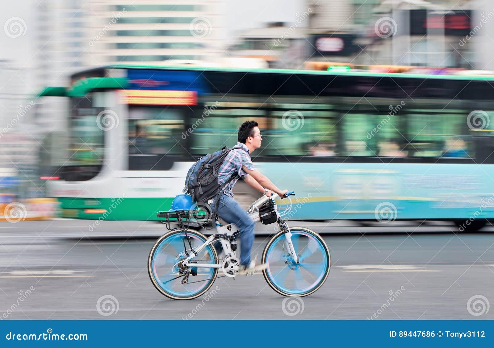 dsc review urgestalt bike reviews o lightweight news lamborghini road