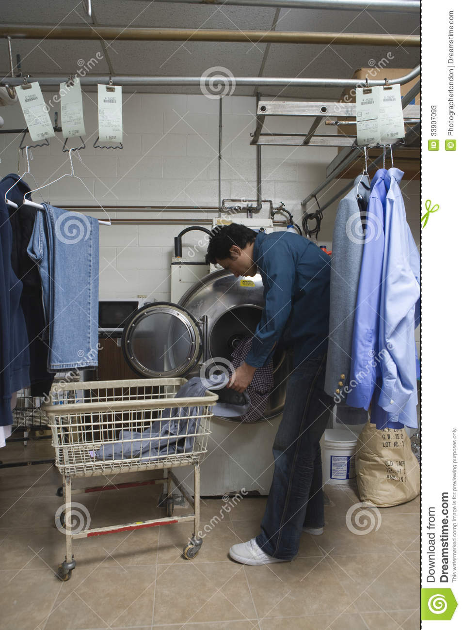 Dry store clothing