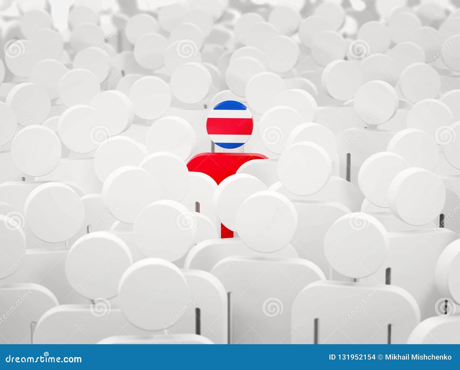 Man med flaggan av Costa Rica i en folkmassa