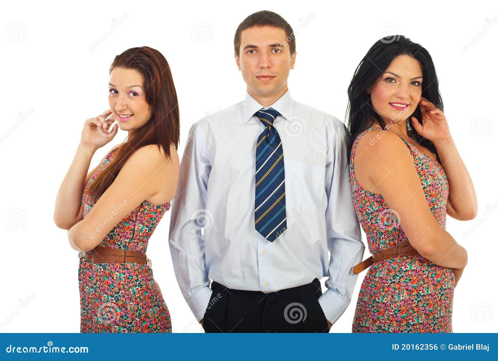 man met twee vrouwen