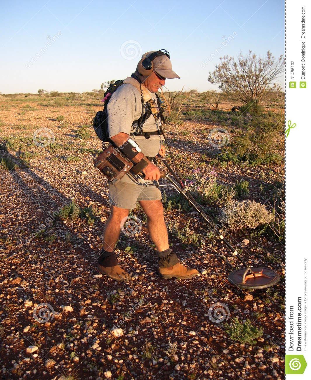 Jew Detector: Man Metal Detecting For Gold Editorial Stock Photo