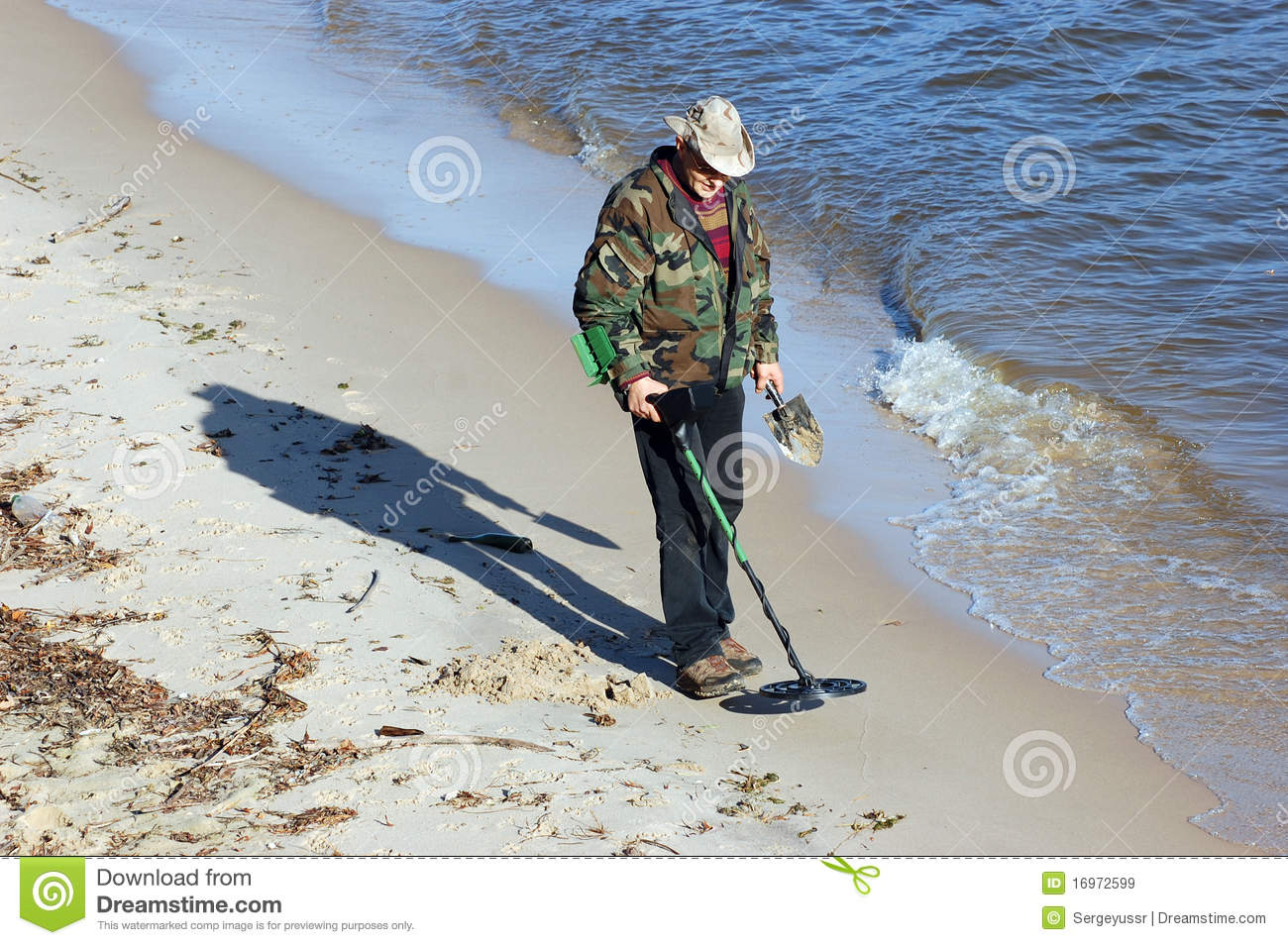 Jew Detector: Man With Metal Detector Stock Image. Image Of Beach