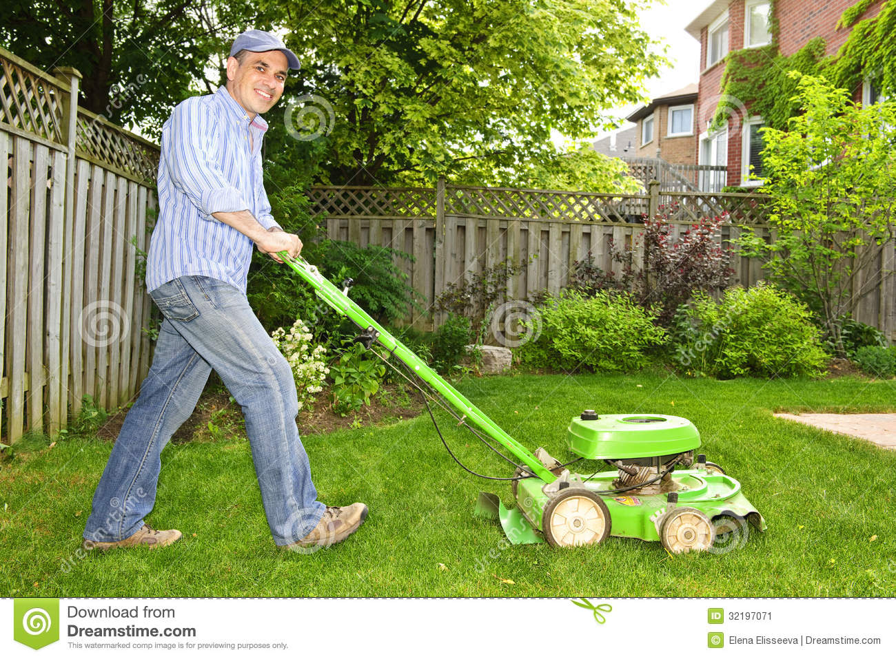 Man Mowing Lawn Stock Image Image Of Home Chores