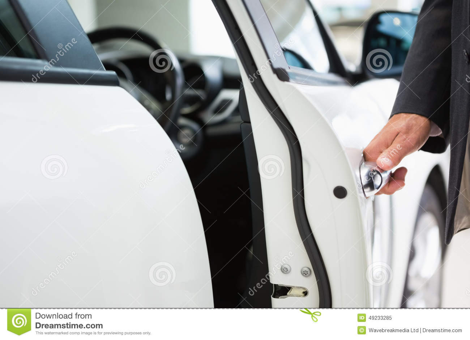 how to break open a car door