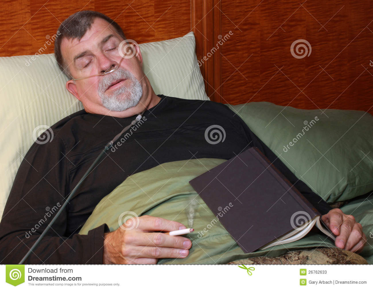 Martini Effect In Scuba Diving 2963261 in addition Scuba Tank Gas Mixture Divers Use further Stock Photos Man Oxygen Cannula Smoking Bed Image26762633 also Story as well Confined Space Attendants More Than Just A Hole Watch. on person with oxygen tank