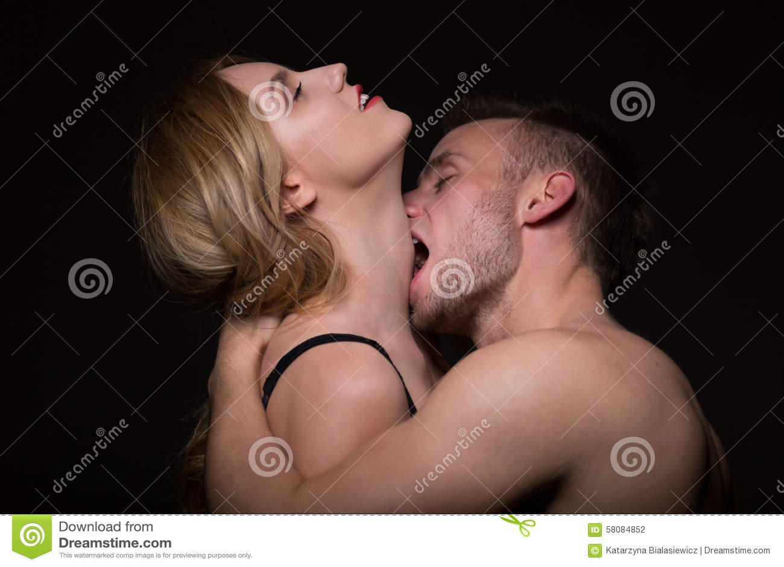 teen blonde sucking cock