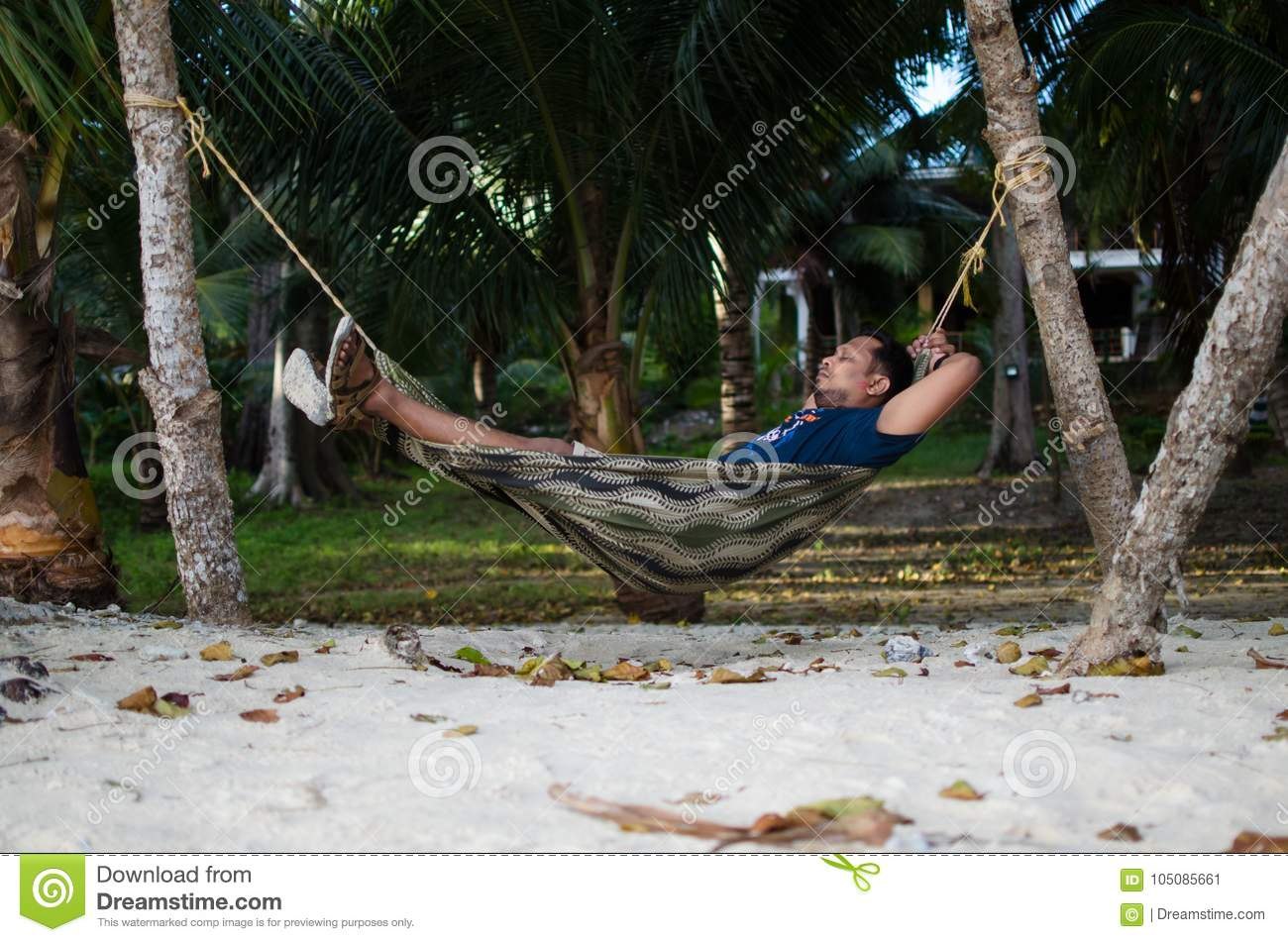 a pin canopy by covered pretty tree rad is sleeping this ok hammock so
