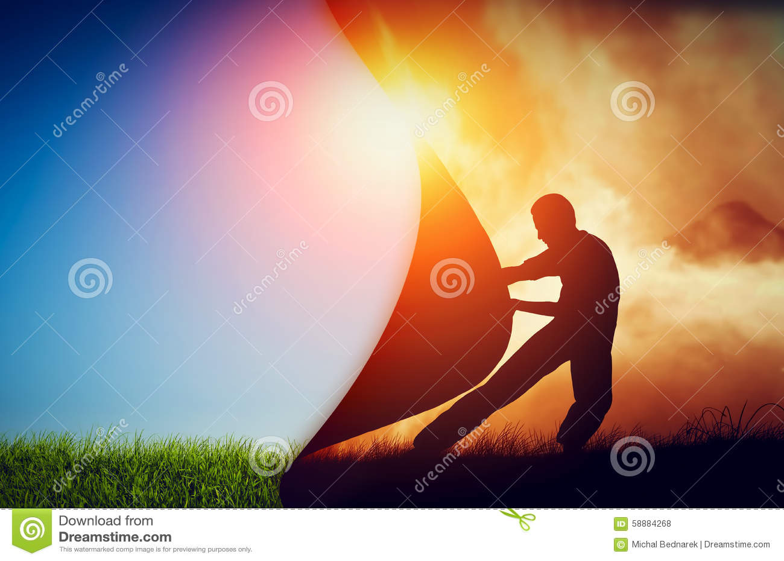 Man som drar gardinen av mörker för att avslöja en ny bättre värld ändring