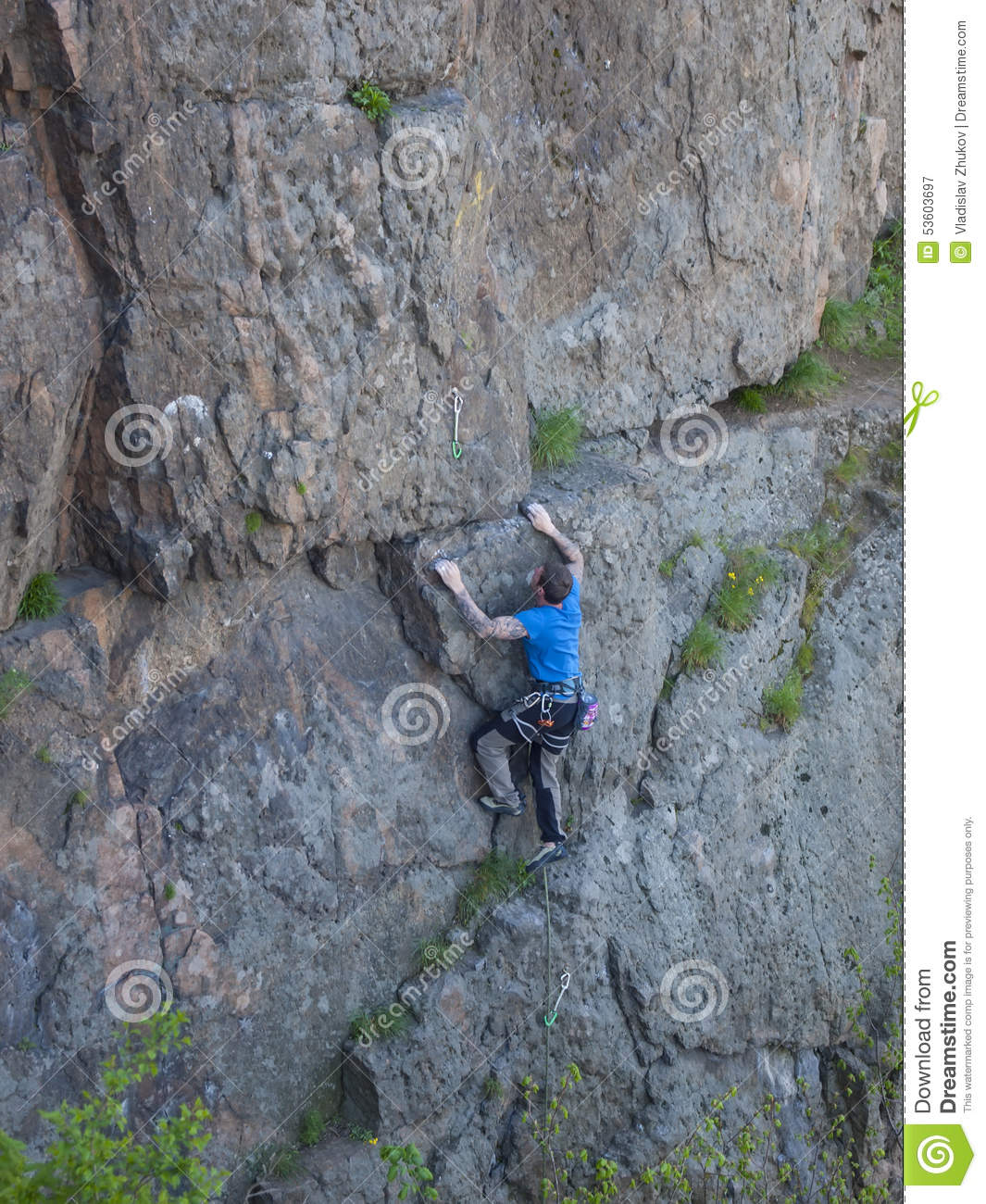 Man With Tattoos Climbing Wall Stock Image Image Of Hobbies Courage 53603697