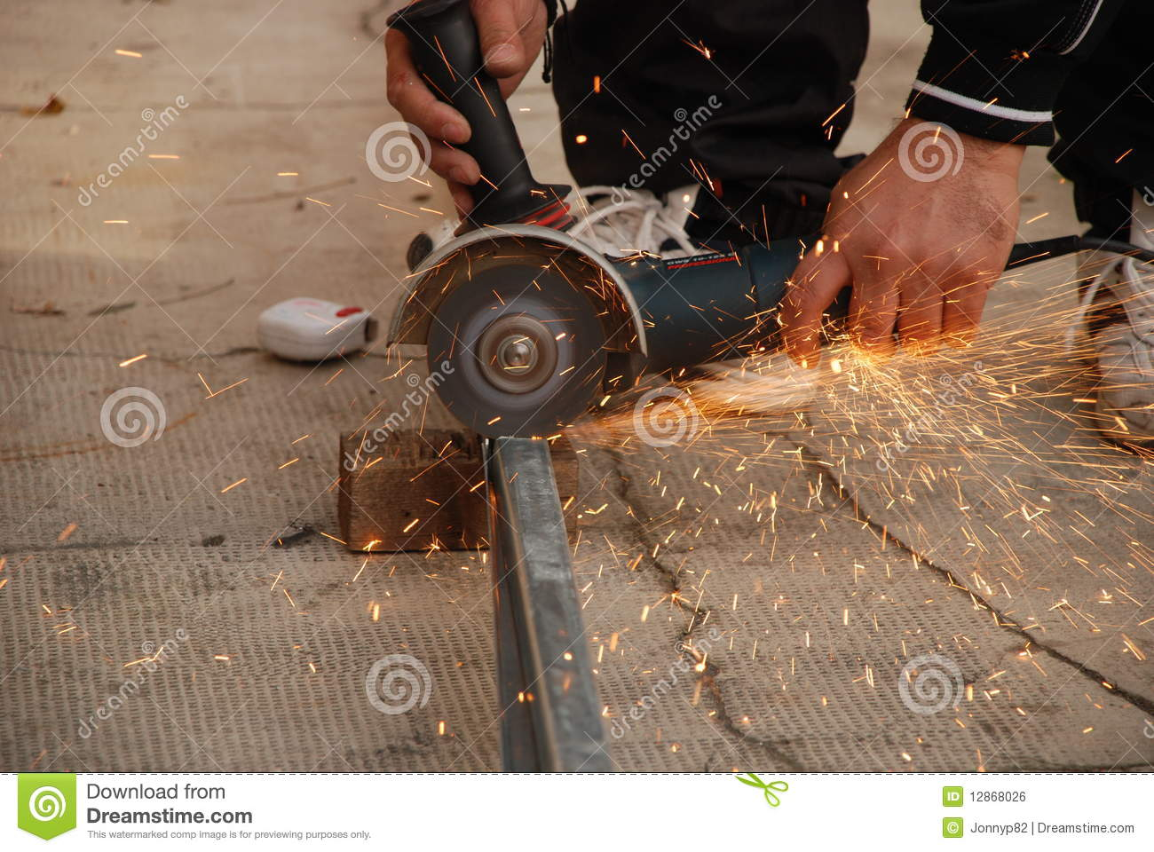Using angle grinder for sanding
