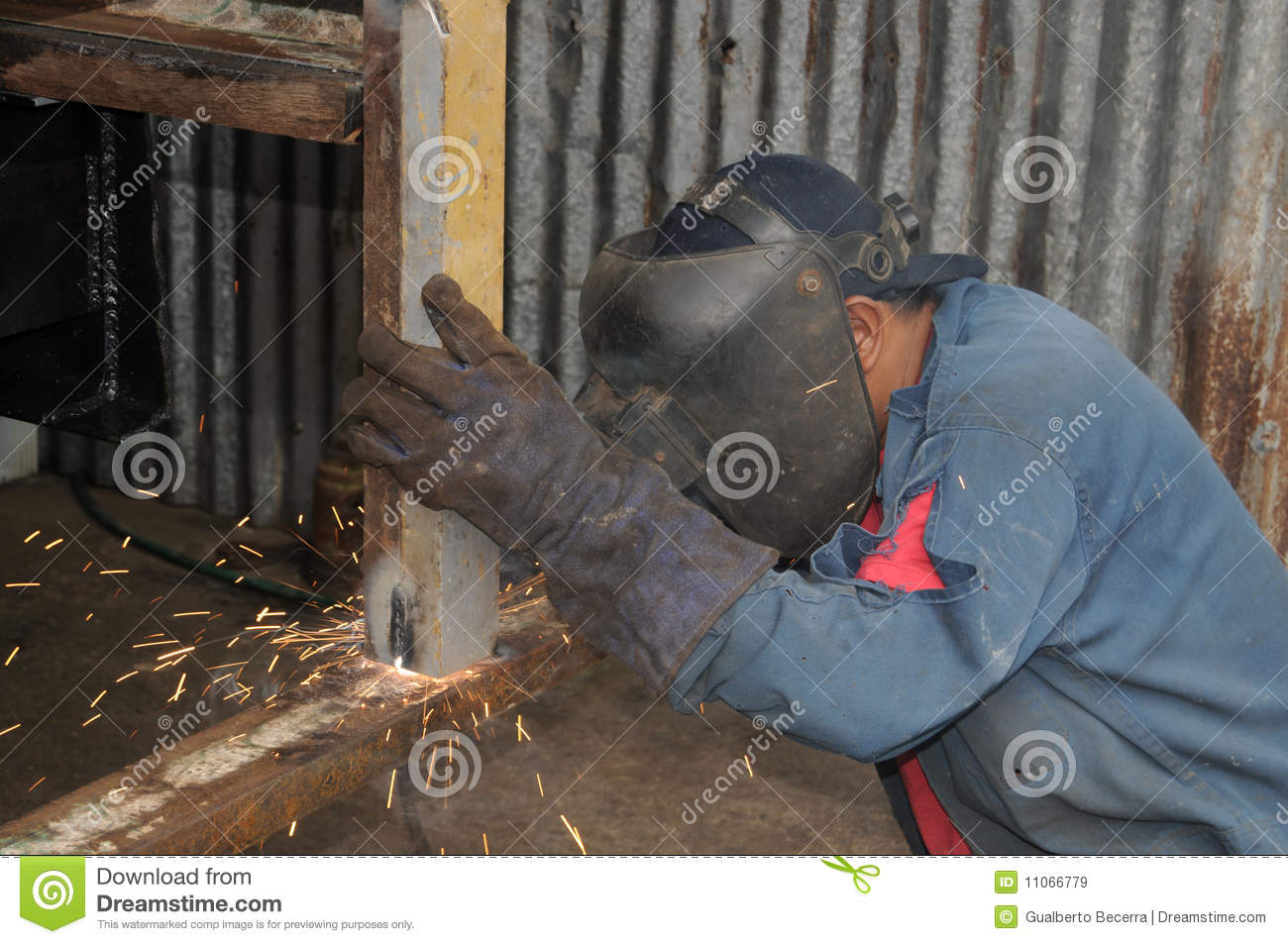 Man Welding Royalty Free Stock Images Image 11066779