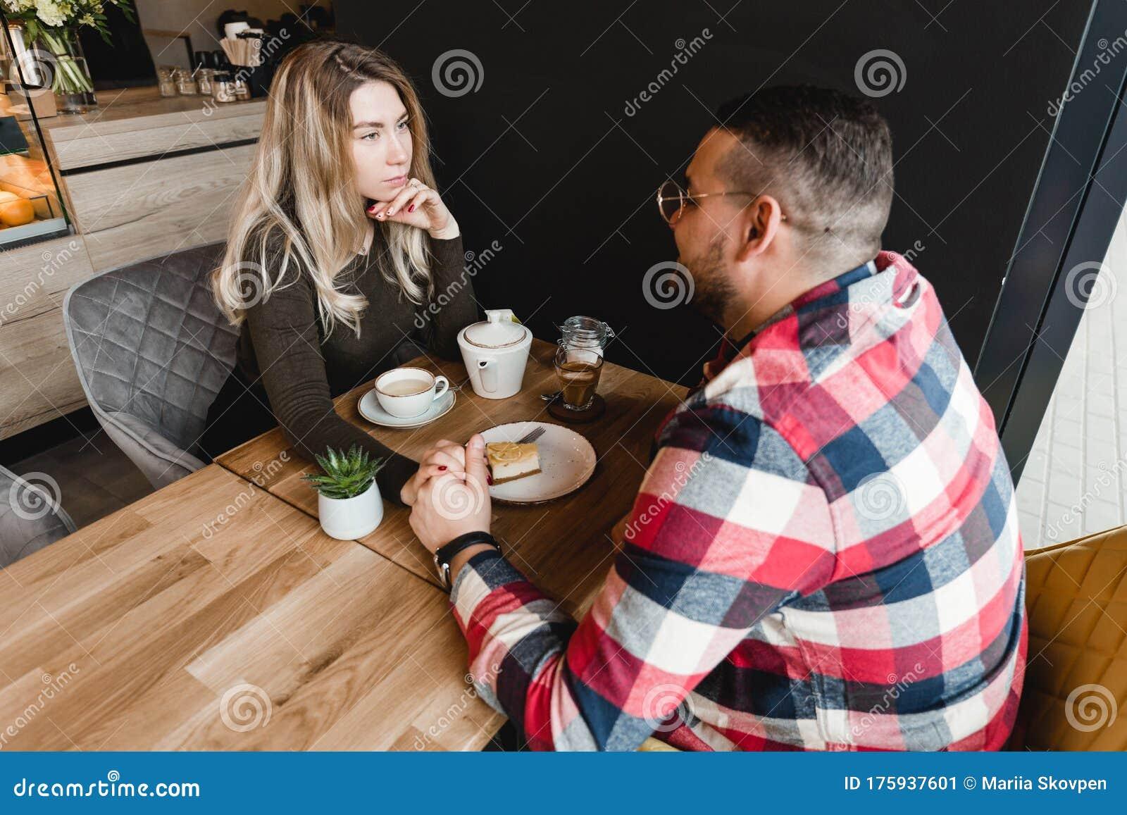 Login dating café linksoflondongift.com