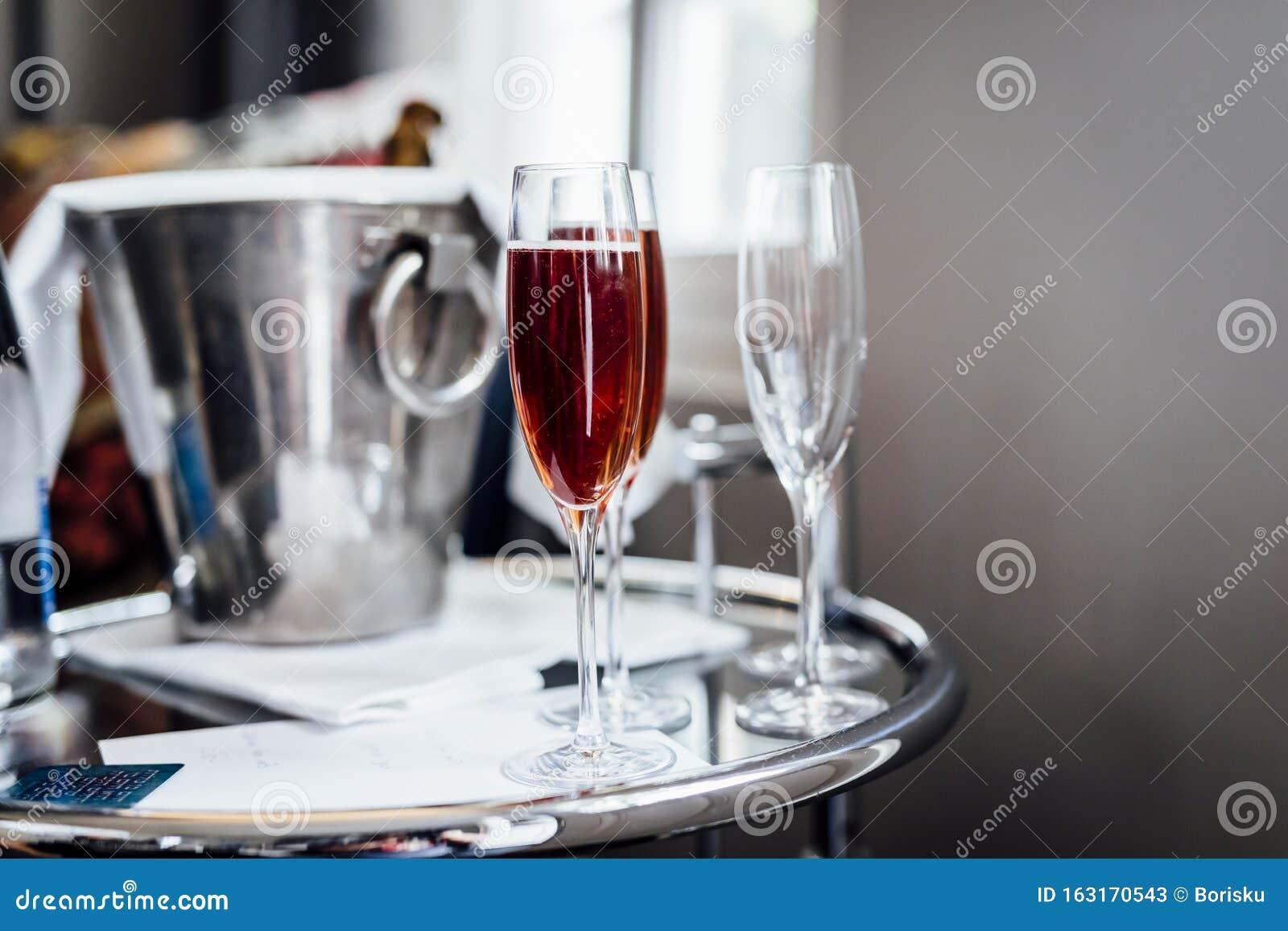 wine weddings social events alcohol gourmet