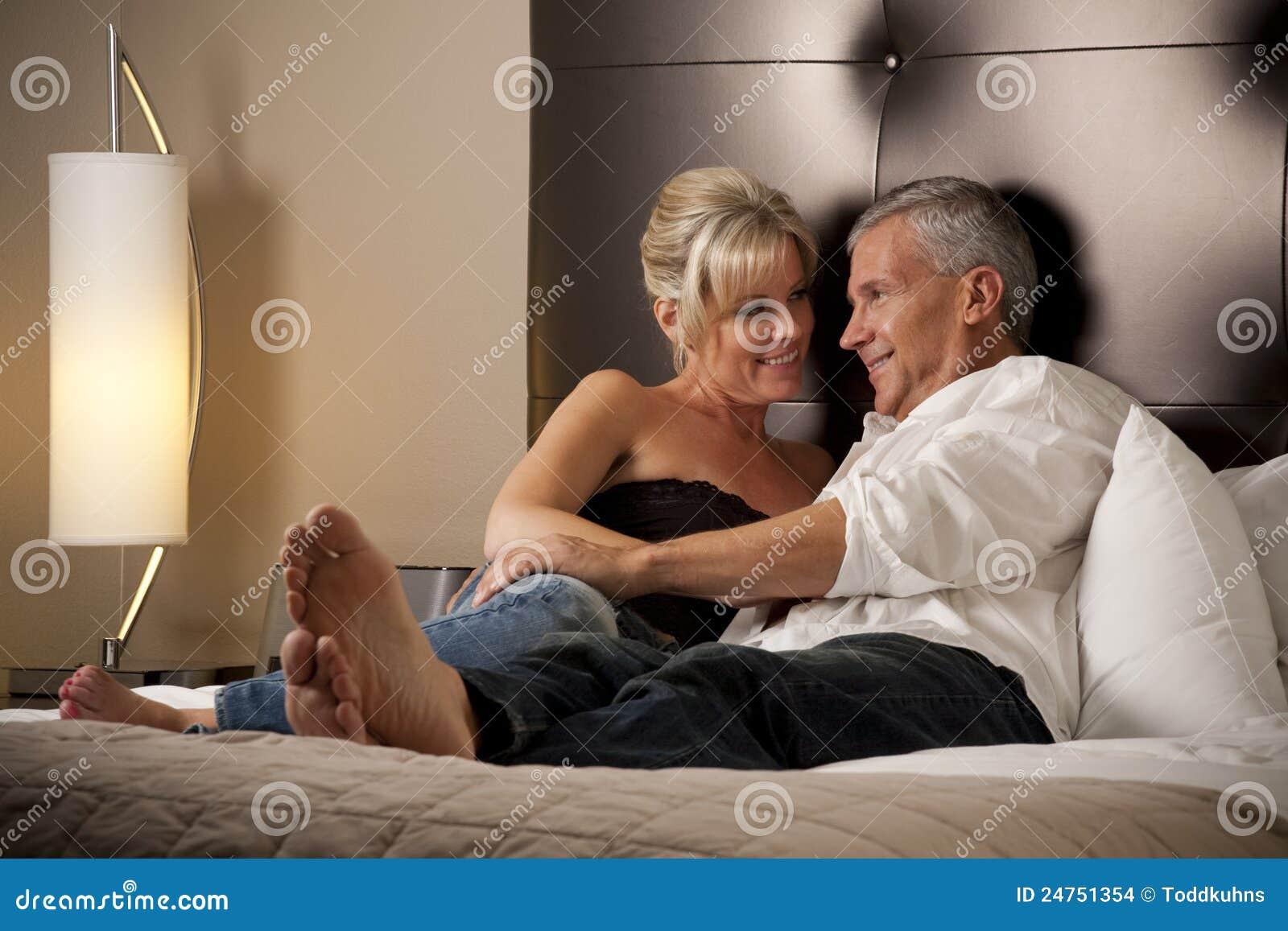 Секс с презервативом во время лечения уреаплазмоза 13 фотография