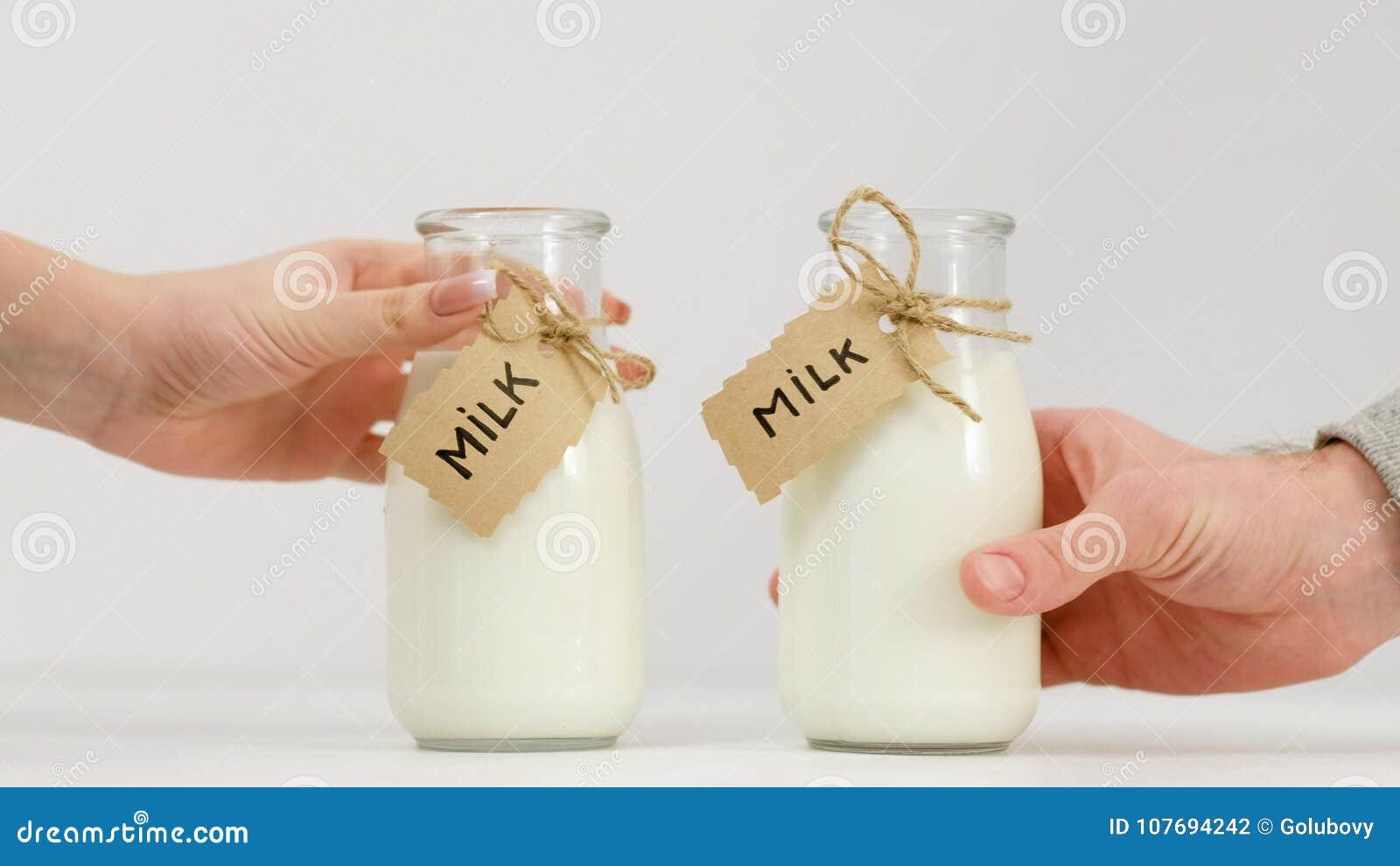 Bottle milk healthy habit organic dairy nutrition