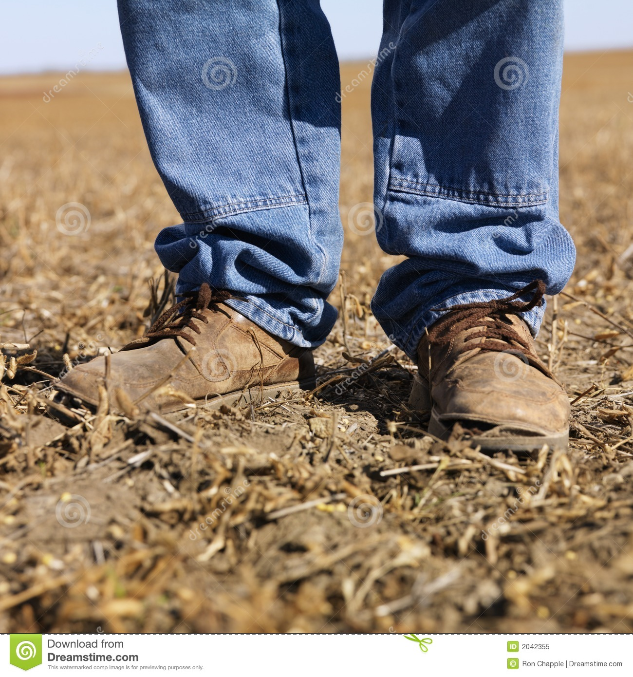 Old Workboots And Hat Royalty Free Stock Image - Image: 7733216