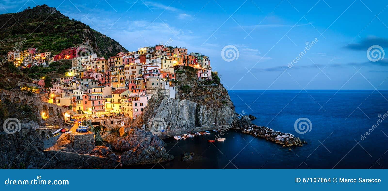 Manarola, Cinque Terre (włoszczyzna Riviera, Liguria,)