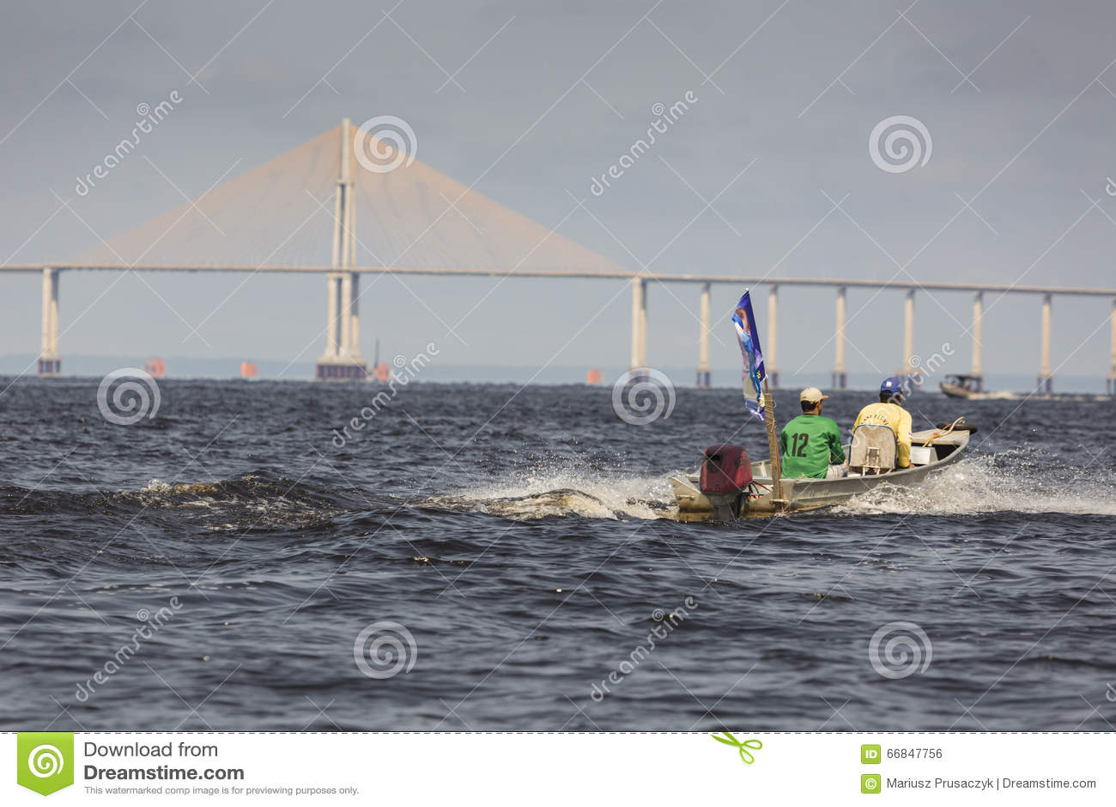 MANAUS, ΒΡΑΖΙΛΙΑ, ΣΤΙΣ 17 ΟΚΤΩΒΡΊΟΥ: Η γέφυρα του Manaus Iranduba