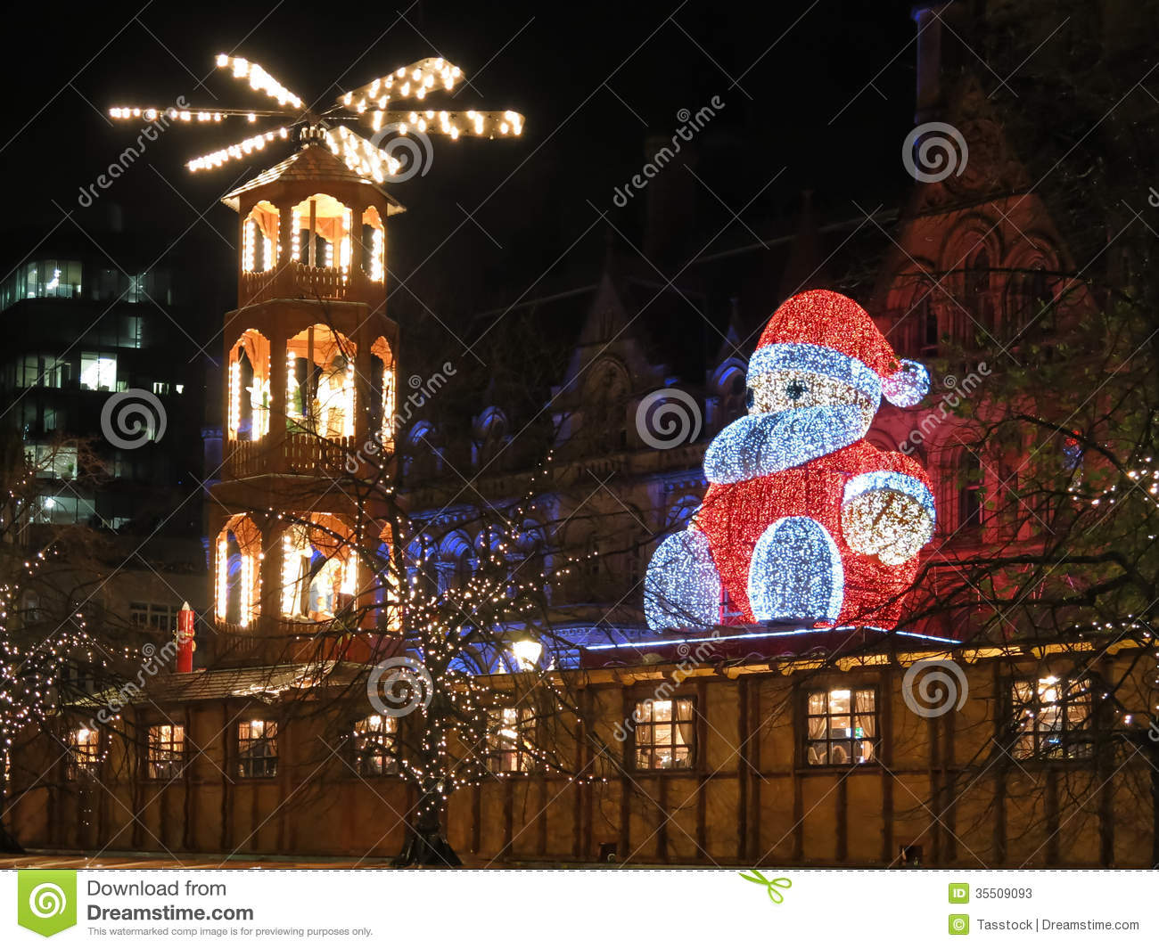 Christmas In England.Albert Square Manchester Xmas Fair England Editorial Stock