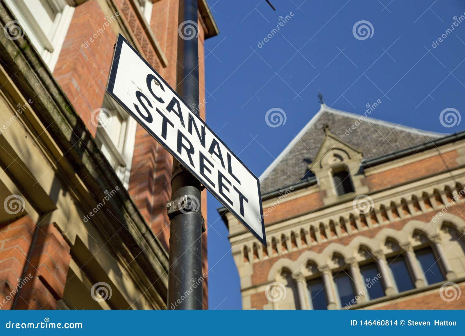 Manchester, Groter Manchester, het UK, Oktober 2013, Canal Street in het vrolijke dorp van Manchesters