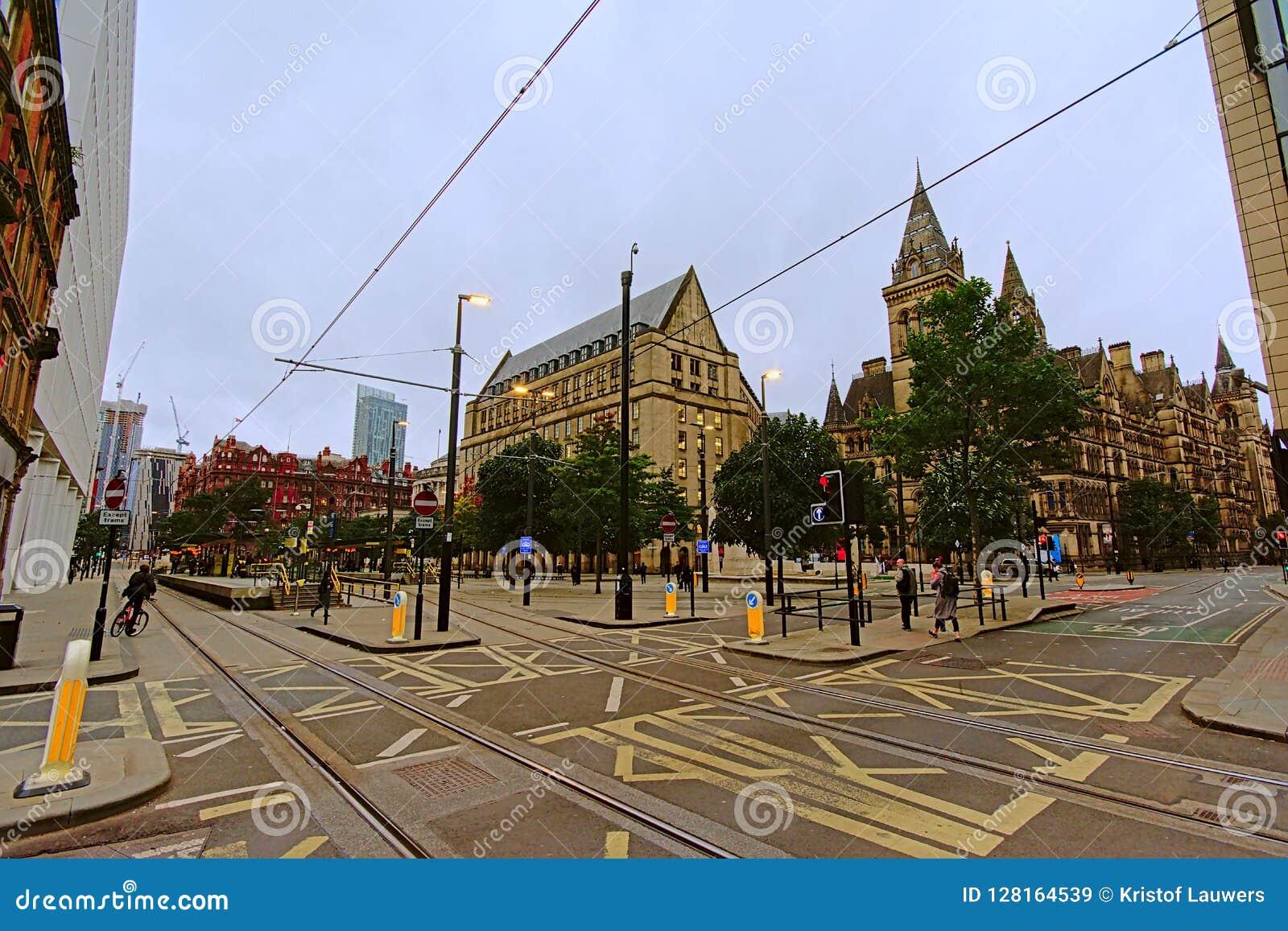 Manchester-Rathaus und Rats-Kundendienst-Mitte