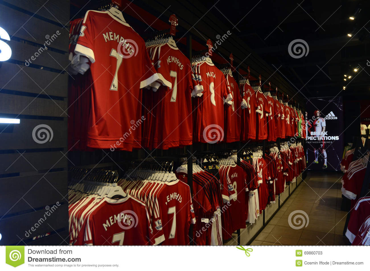 cheap for discount 40ced 80efc Manchester United Official Shop Editorial Stock Photo ...
