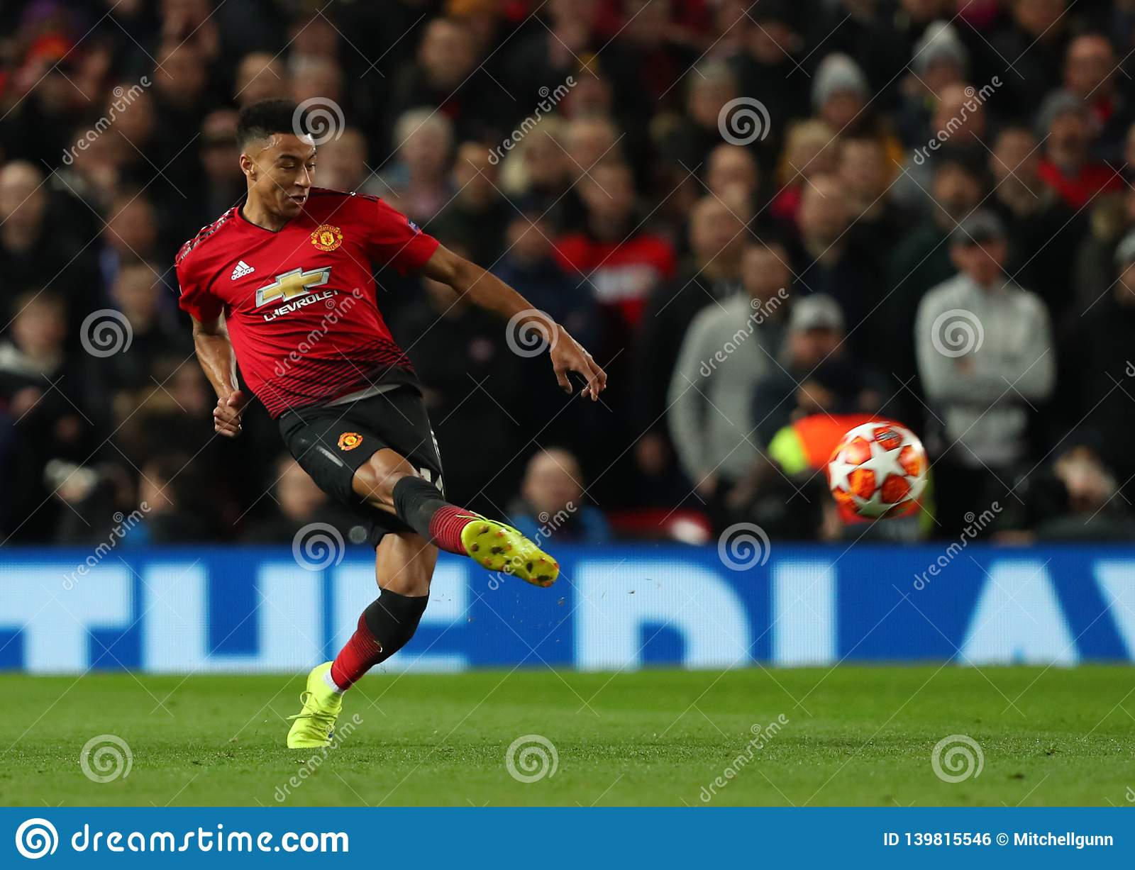 Manchester United v Paris Saint Germain - UEFA Champions Leagueronde van 16: Eerste Been