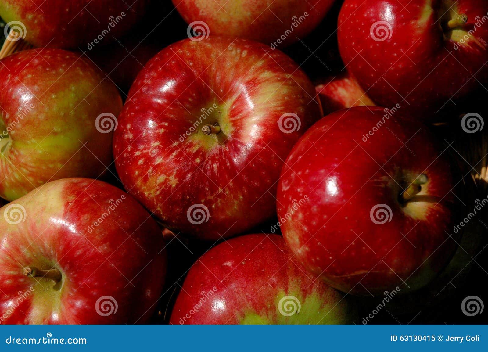 Mand van appelen