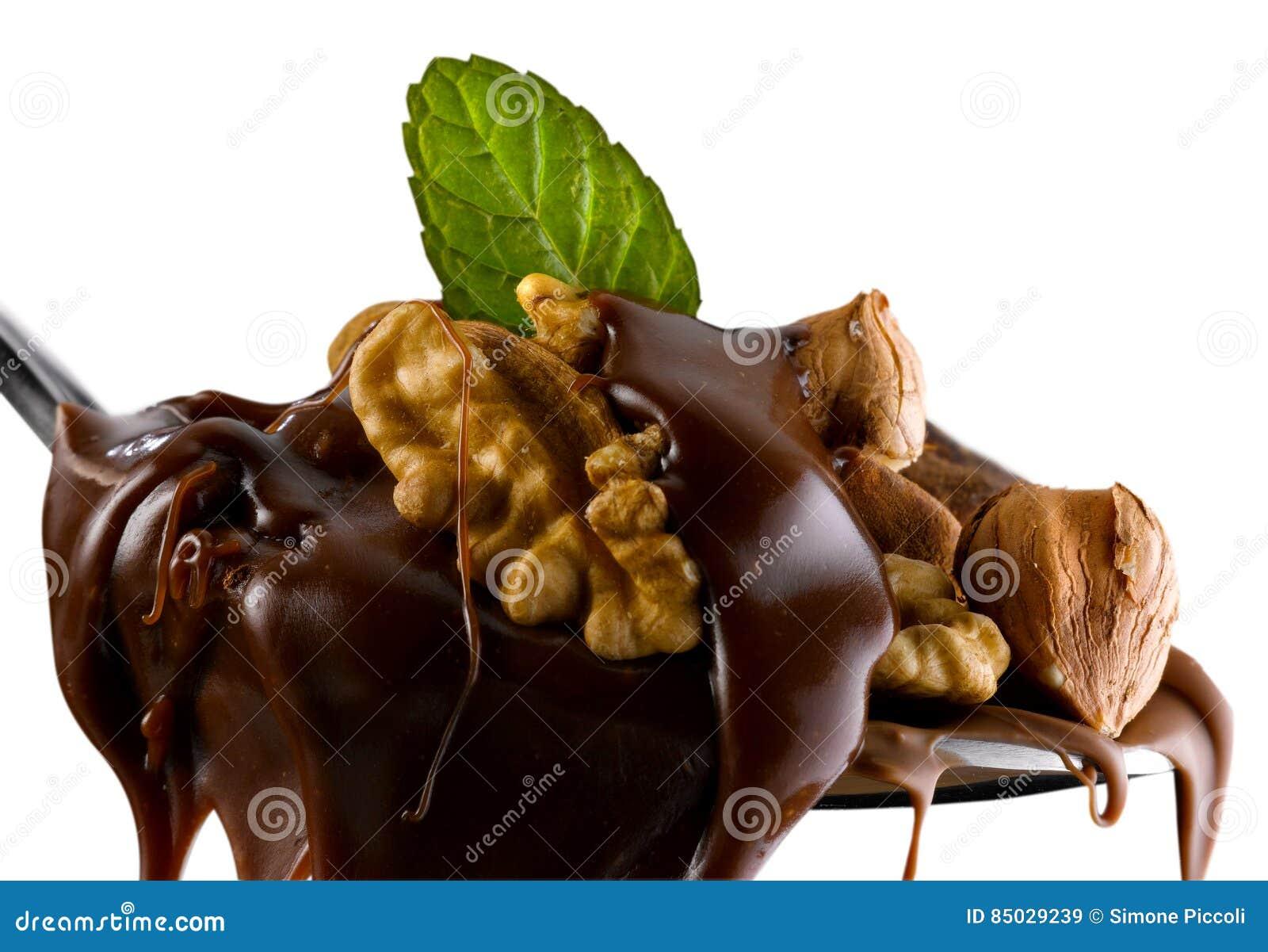 Mandelnüsse, -haselnüsse, -Trockenfrüchte und -schokolade