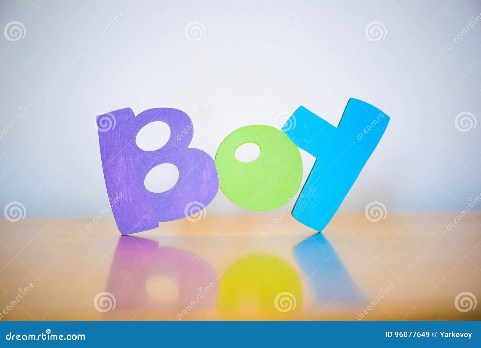 Lettere Di Legno Colorate : Mandi un sms delle alle lettere di legno colorate multi del