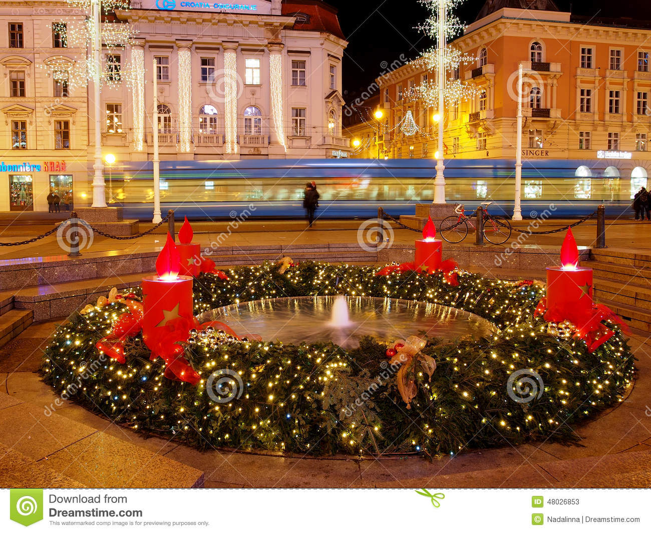 Advent Wreath Decorations Mandusevac Fountain At Night Decorated With Advent Wreath