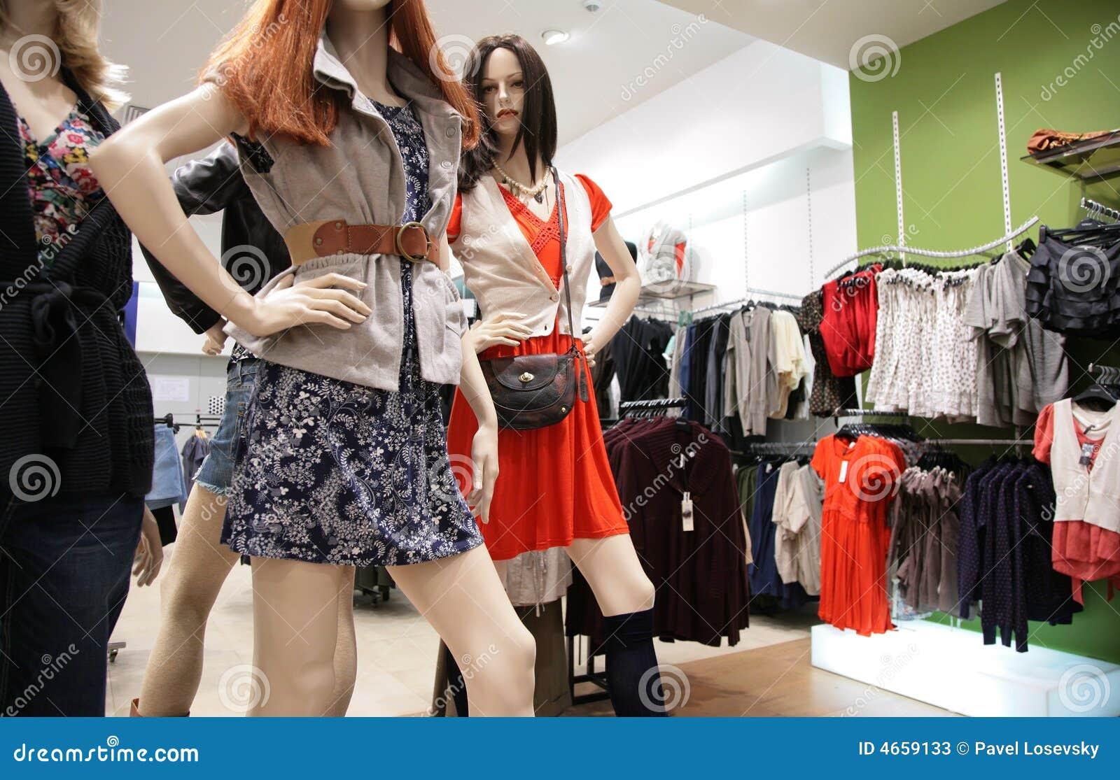 Manekin 2 s sklepu kobiety