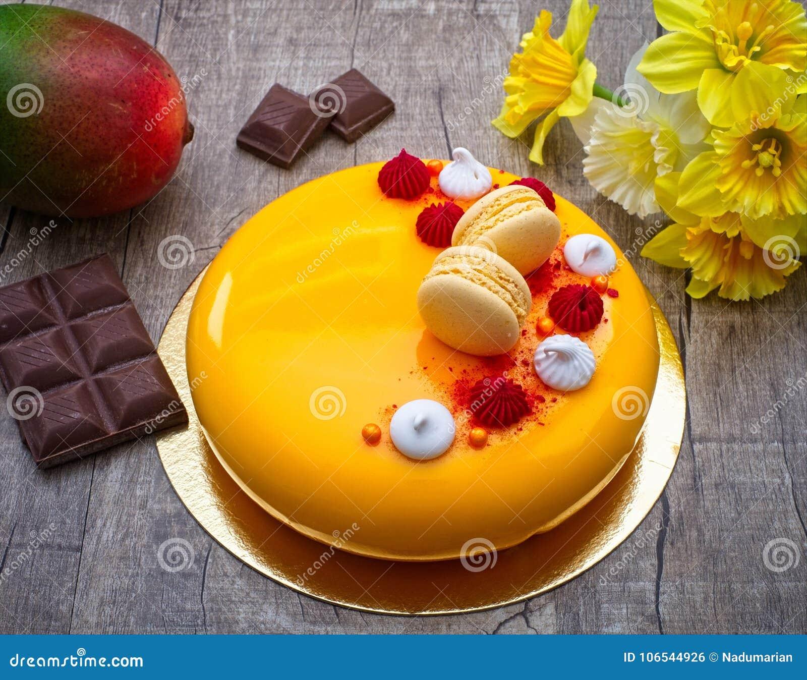 Mango Kuchen Mit Schokoladen Mango Und Maracuja Kremeis Mit