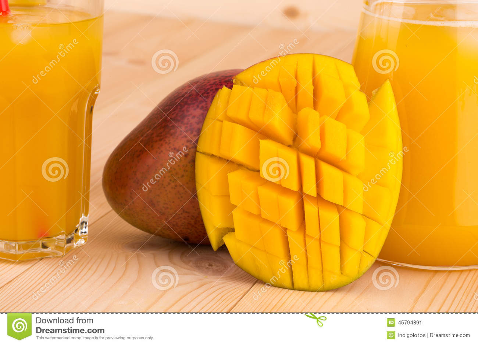 Mango och fruktsaft