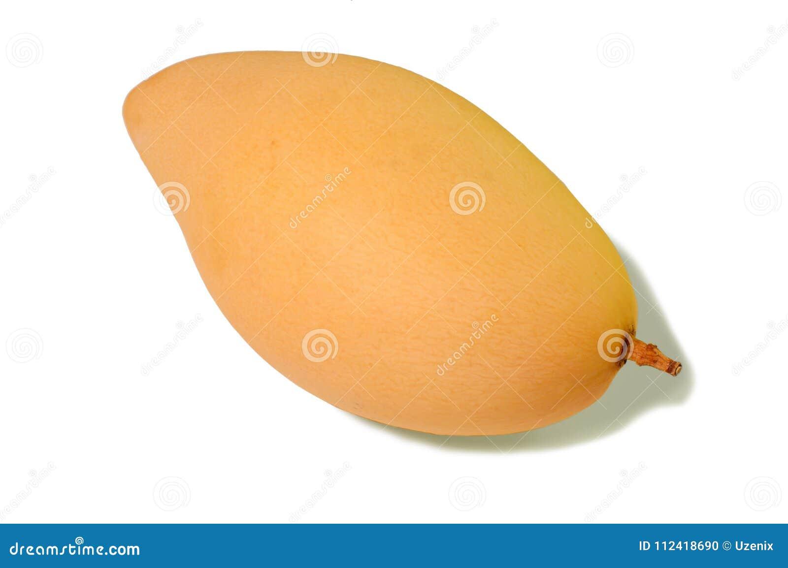 Mango som isoleras på vitbakgrund