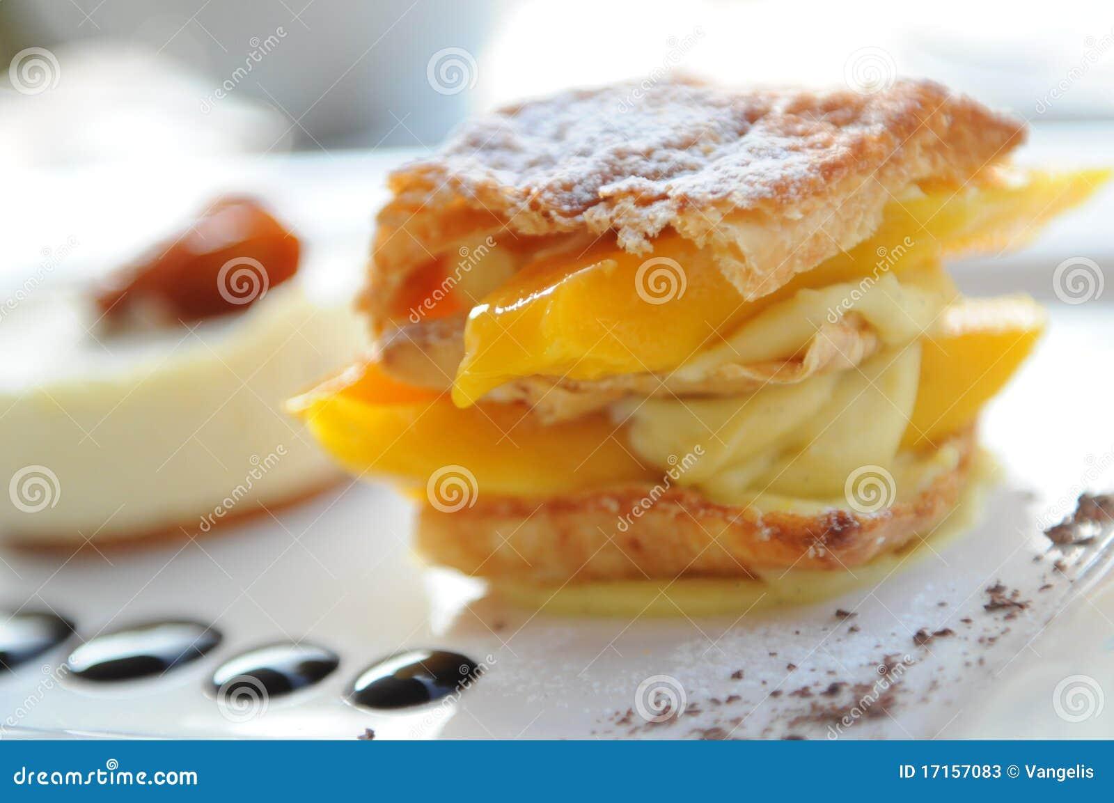 Mango vanilla cake