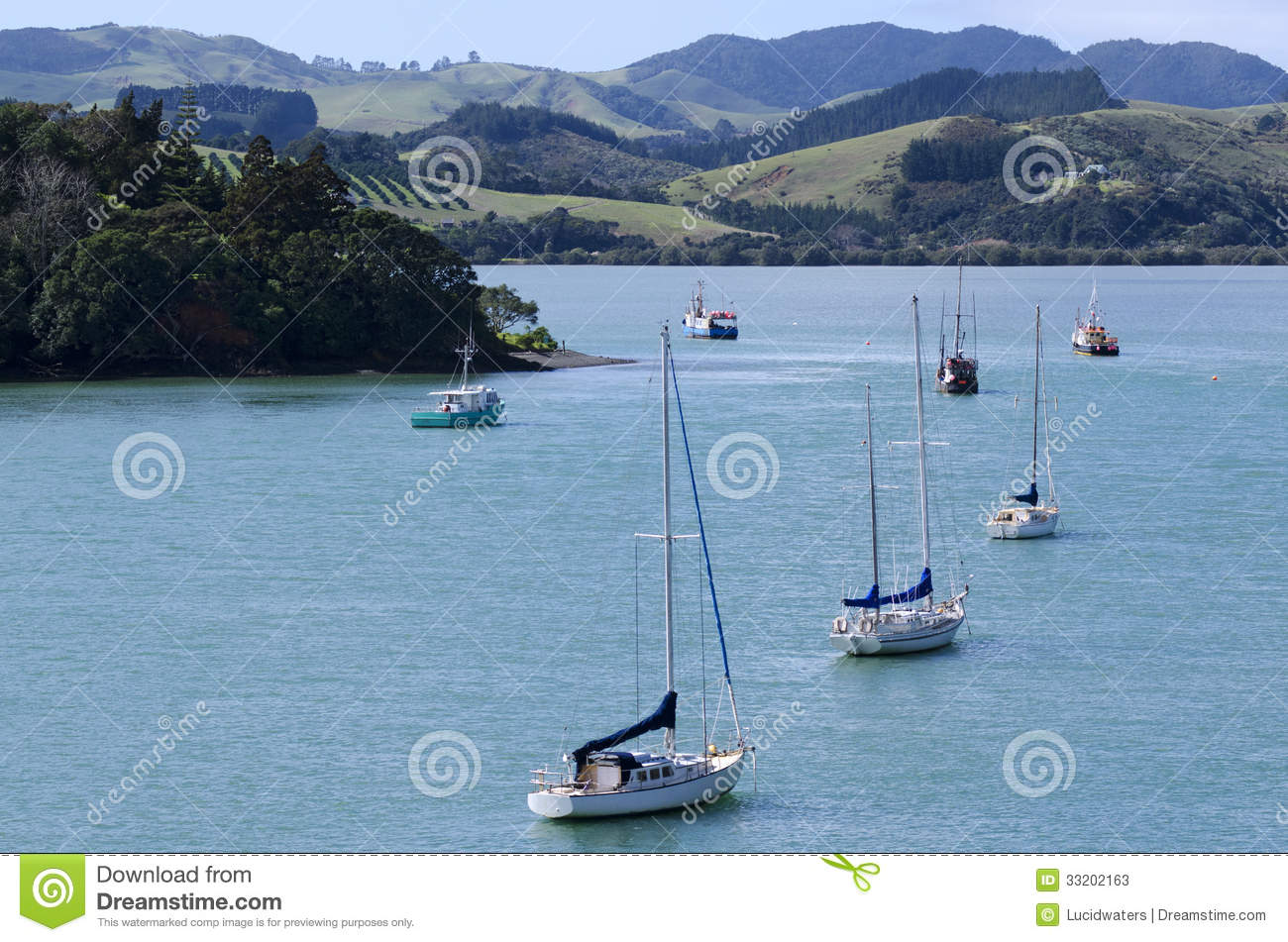 Mangonui New Zealand  city pictures gallery : ... Mangonui harbor with yachts and fishing boats in Northland New Zealand