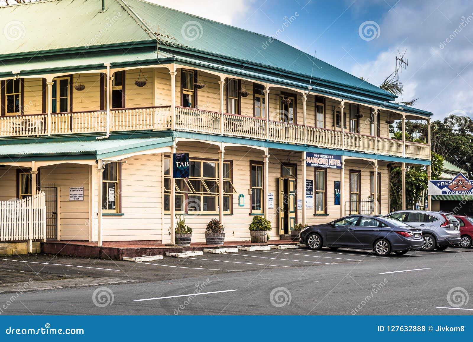 Mangonui Nya Zeeland - SEPTEMBER 2, 2018: HotellMangonui historisk byggnad Det har beskrivits som nya Zealands mest