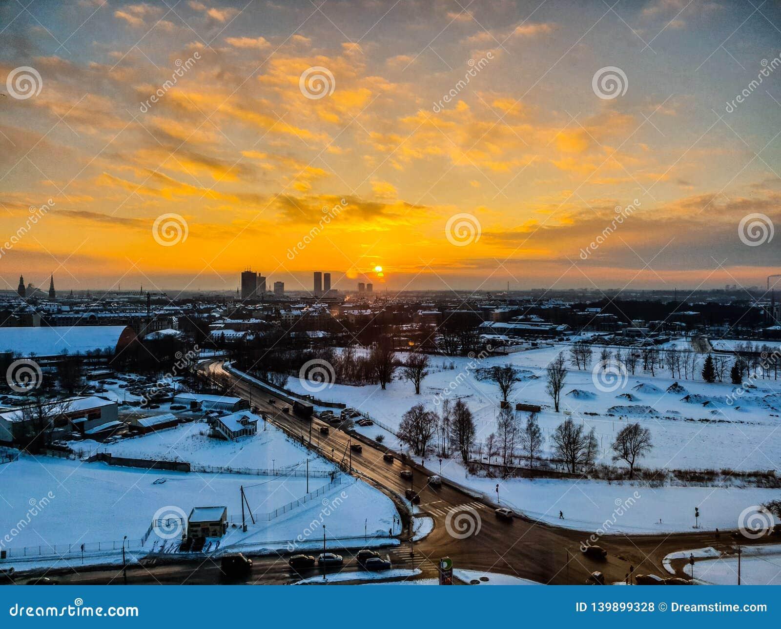Manhã da cidade de Riga beaty