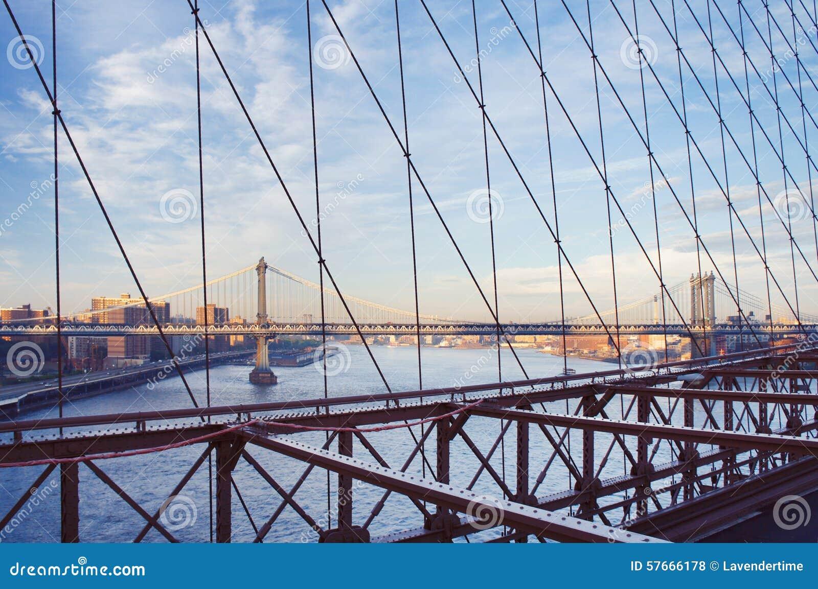 Manhattan mosta widok od mosta brooklyńskiego