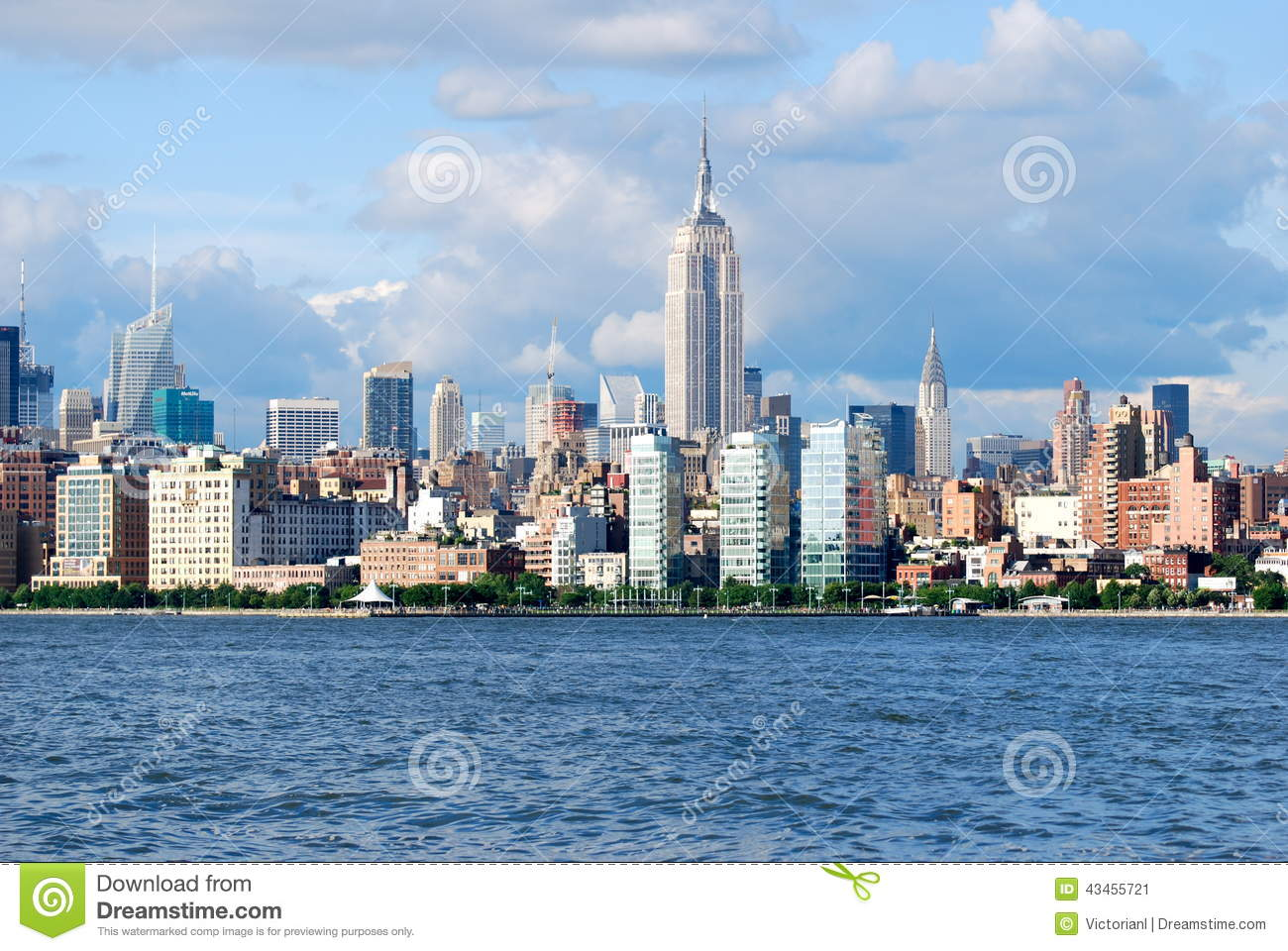 manhattan skyline with empire state building over hudson river nyc editorial photo image. Black Bedroom Furniture Sets. Home Design Ideas