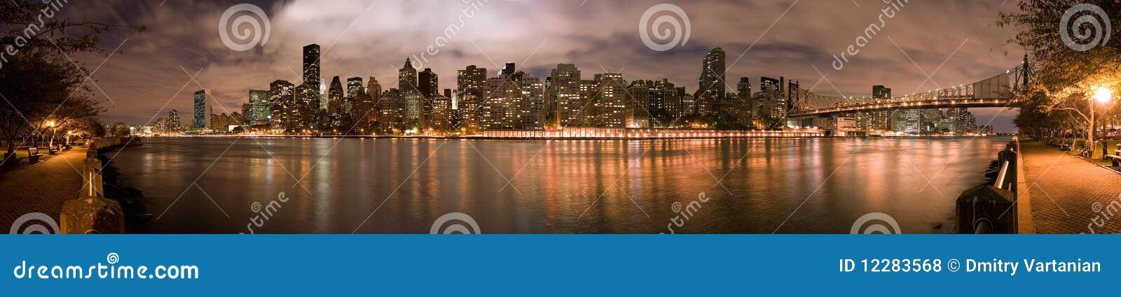 Manhatten Night panorama