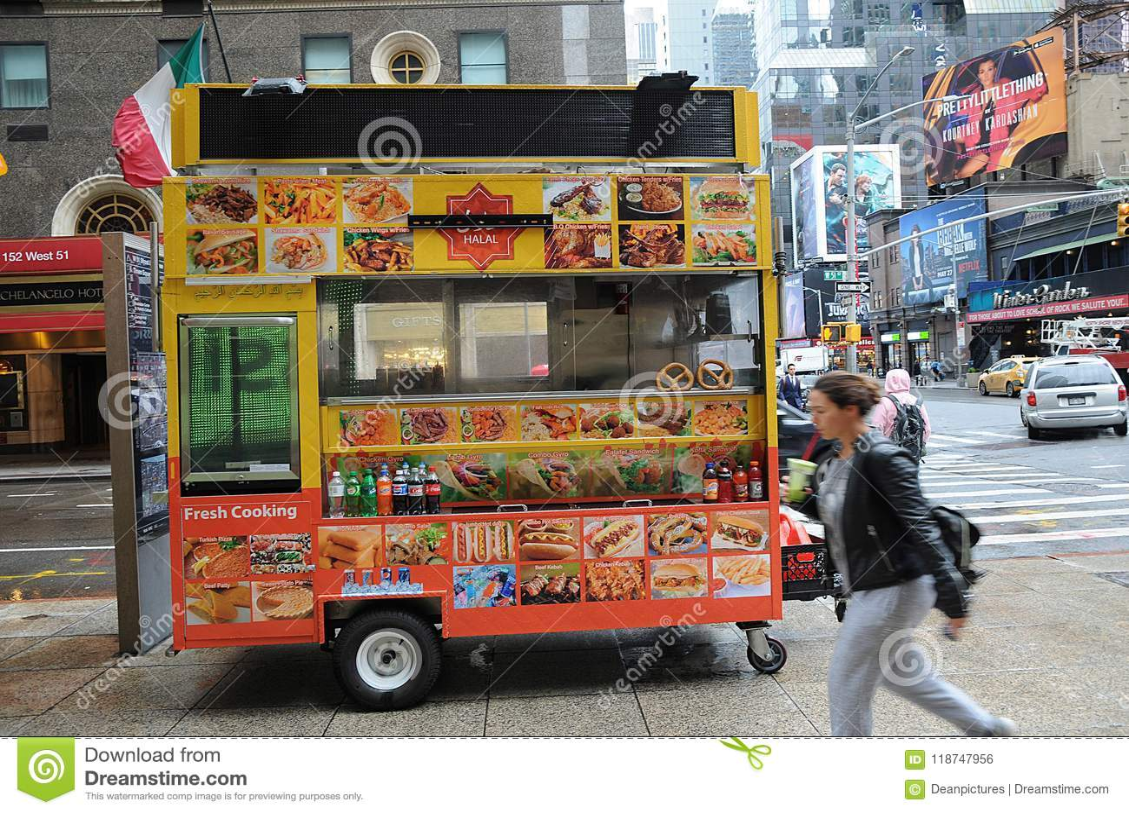 HALAL FOOD VANDOR ON MANHATTAN NYC Editorial Photo - Image