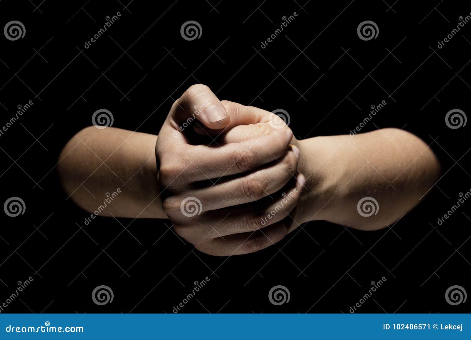 Mani nel gesto di mudra