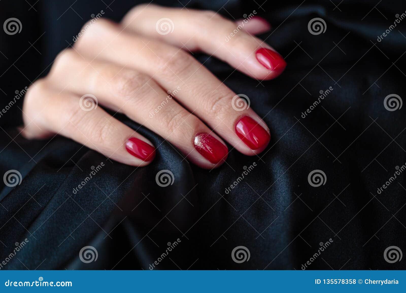 Manicura Magnífica Esmalte De Uñas Clssic Del Color Rojo