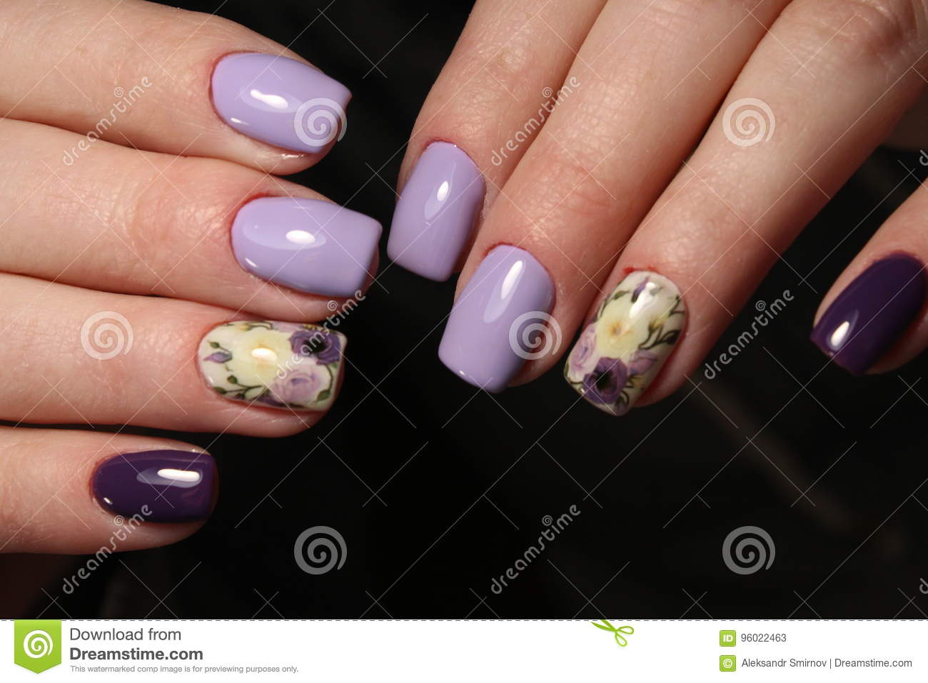 Manicure Purple Design