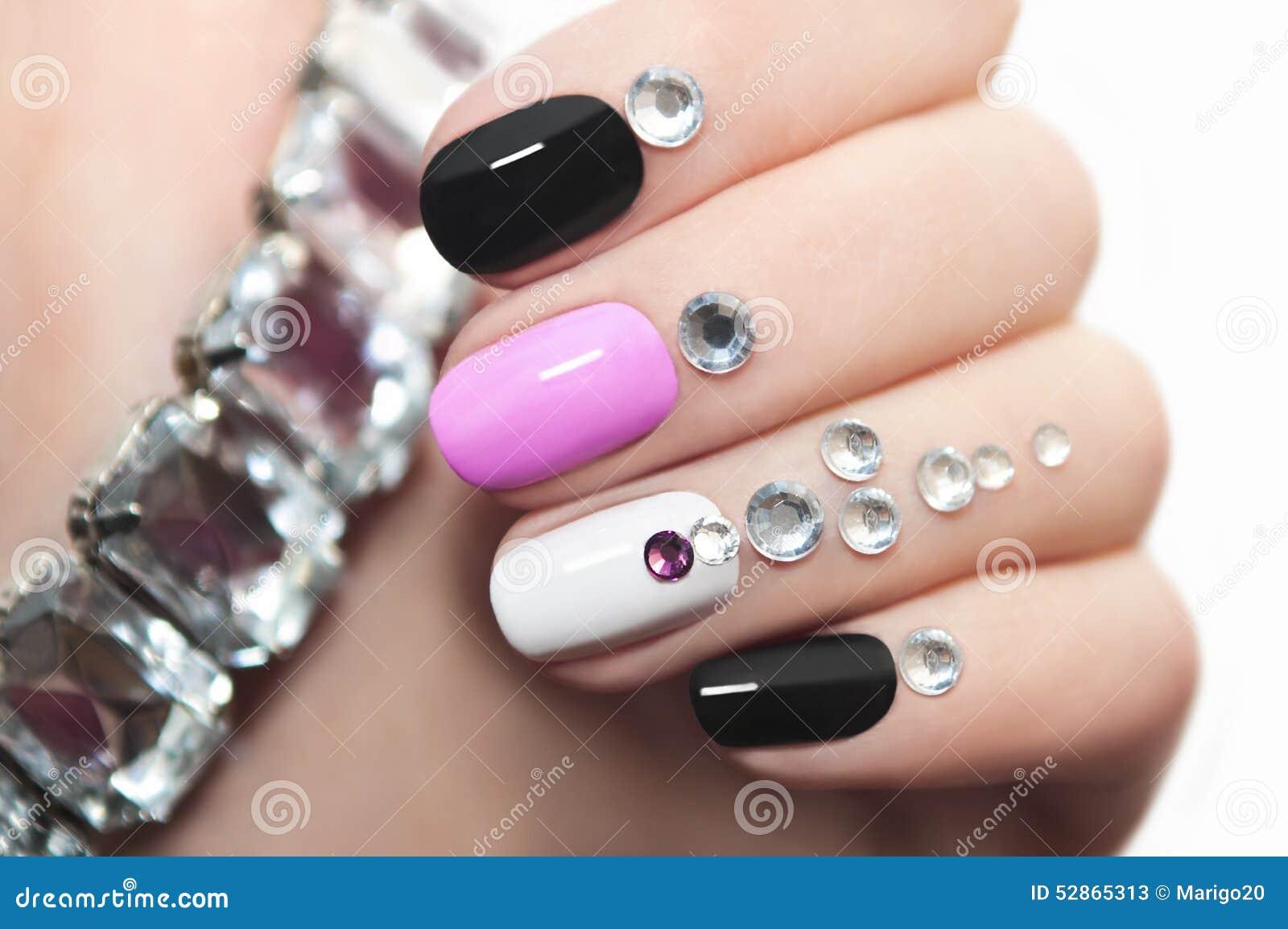 Manicure with rhinestones.